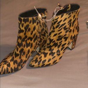 Sam Edelman Cheetah Booties Size 6